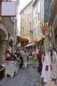 Clothing store in Anduze pedestrian street — Stock Photo