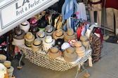 Shop hats and clothing — Photo