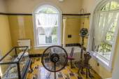 Bath room of Ernest Hemmingway in Key West — Stock Photo