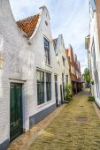 Old houses in a narrow street  — Stock Photo