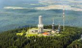 Top of Feldberg in Hesse with tv tower — Stockfoto
