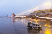 Lufthansa Aircraft at the gate in Terminal 2 in Hamburg, Germany — Stock Photo
