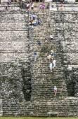People at mayan ruins — Foto de Stock