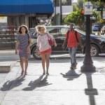 People go shopping downtown Miami — Stock Photo #61823773