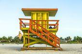 life guard tower on South Beach, Miami, Florida — Stock Photo