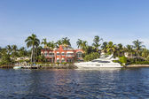 Luxurious waterfront home in Fort Lauderdale — Stok fotoğraf
