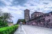 Medieval architecture of Sandomierska Tower and Wawel Castle wal — Stock Photo