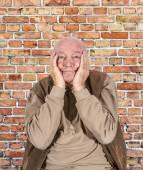 Üzüntü içinde yaşlı adam portresi — Stok fotoğraf