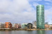Westhafen tower in the harbor area in Frankfurt at river Main — Stock Photo