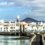 Sea view at Castle of San Gabriel and Arrrecife, Lanzarote, Cana — Stock Photo #68196263