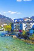 Old city Bad Ischl at traun river — Stock Photo