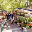 People visit farmers market in Chaillot, Paris — Stock Photo #75358421
