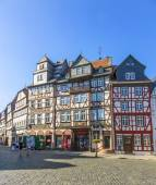 People enjoy the beautiful medieval market place in Butzbach — Stock Photo