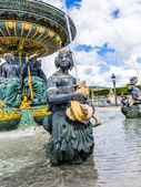 Fountain on Place Concorde — Stock Photo