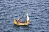 Replica of old incan bamboo and reed ship named NTI WATA in Puno — Stock Photo