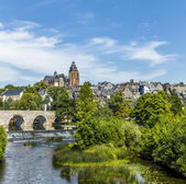 Old Lahn bridge and view to  Wetzlar dom — Stock Photo