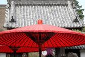 Regenschirm rot — Stockfoto