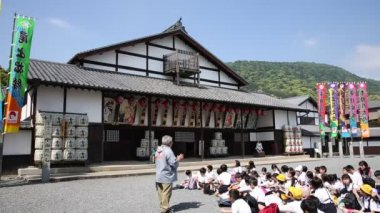 Excursion of an Japanese elementary school — Stok video
