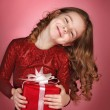 Happy girl with christmas gift box — Foto Stock #55230683
