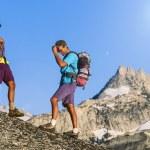 Climbing team on the edge. — Stock Photo #81163014