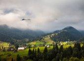 Paisaje de montañas de los cárpatos — Foto de Stock
