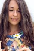 Happy young beautiful woman — Stock Photo