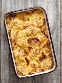 素朴な焼きカリフラワー チーズ — ストック写真
