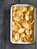 Crispy roasted potato — Stock Photo