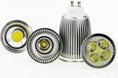 チップと冷却のサイズの異なる 4 gu10 口金の Led 電球 — ストック写真