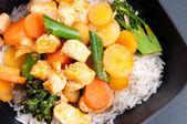 泰国椰子和芒果咖喱 — 图库照片