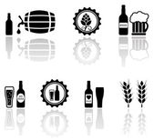 Beer isolated objects set with mirror reflection silhouette — Stock Vector