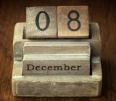 A very old wooden vintage calendar showing the date of 8th Decem — Stock Photo