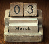 A very old wooden vintage calendar showing the date 3rd March on — Foto de Stock