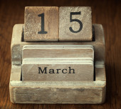 A very old wooden vintage calendar showing the date 15th March o — Stock Photo