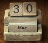 A very old wooden vintage calendar showing the date 30th May on  — Foto de Stock