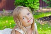 Cute girl with big blue eyes — Stock Photo