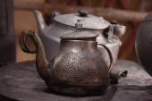 Old teapot and kettle — Stock Photo