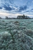 Beautiful sunrise landscape of Priory ruins in countryside locat — Stock Photo