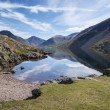 Stunning landscape of Wast Water and Lake District Peaks on Summ — Stock Photo #78917964