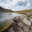 Stunning landscape of Wast Water and Lake District Peaks on Summ — Stock Photo #78918126
