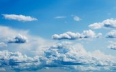 Bright Blue Sky with White Clouds — Stock Photo