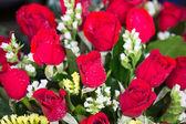ピンクのバラの花束をクローズ アップ — ストック写真