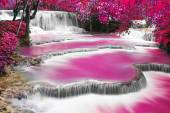 Turquoise water of Kuang Si waterfall — Stock Photo