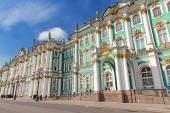 Winter Palace in Saint Petersburg — Stock Photo