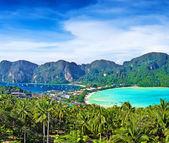 Panorama of Phi-Phi island, Krabi Province, Thailand — Stock Photo
