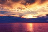 Beautiful dark dramatic sunset — Stock Photo