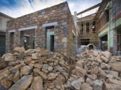 Stone house construction — Stockfoto