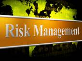 Management Risk Indicates Unsafe Authority And Head — Stock Photo