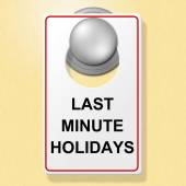 Last Minute Holidays Shows Place To Stay And Hotel — Stockfoto