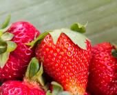 Fresh Strawberries Means Strawberry Organic And Fruit — Stock Photo